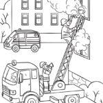 Раскраска пожарники тушат пожар