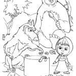 Маша и звери готовят суп